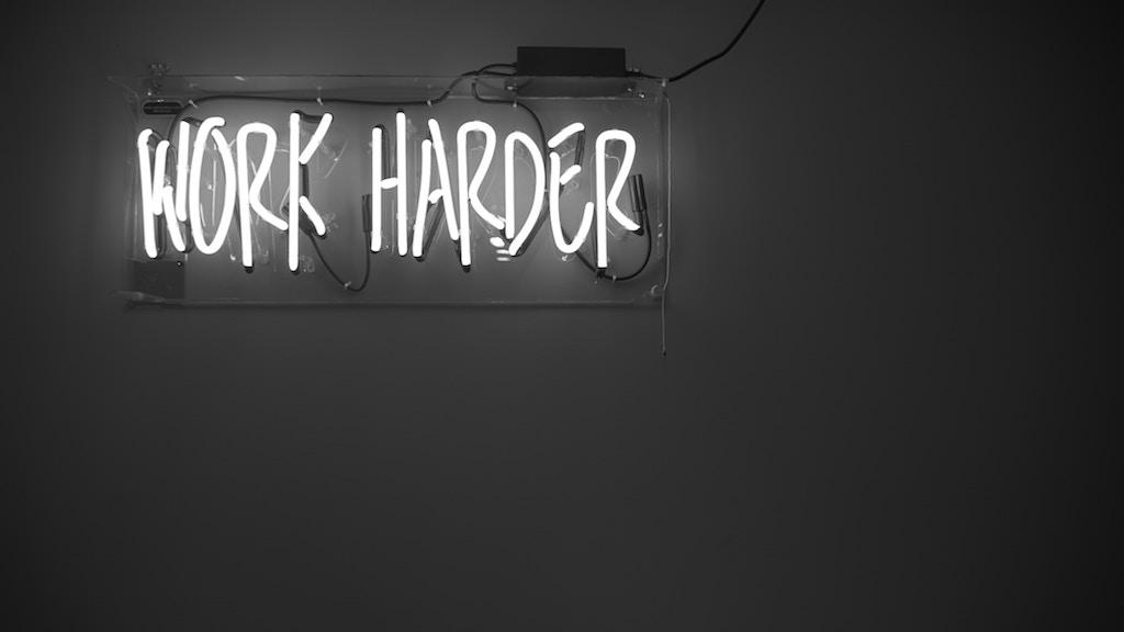 People succeed by hustling